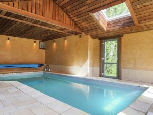La Petite Provence binnenzwembad