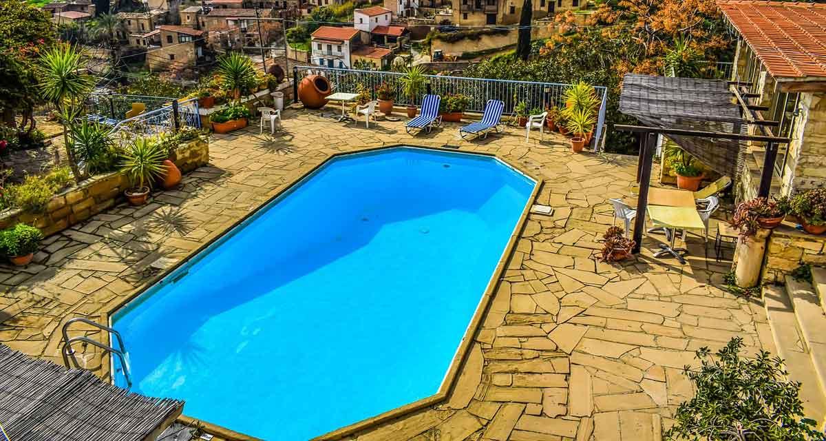 groot vakantiehuis met zwembad