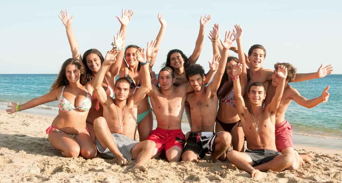 grote groep op het strand