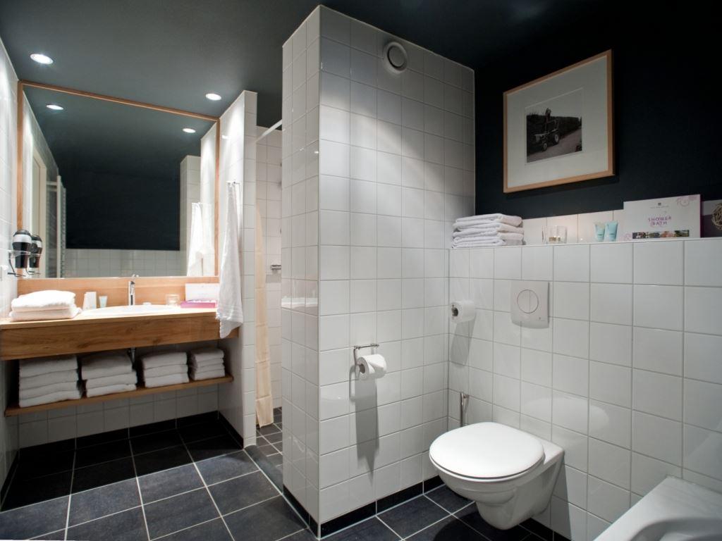 landal hof van saksen 24c 24 personen nooitgedacht drenthe badkamer