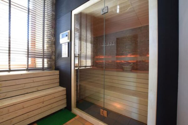 la gremille 50 personnes belgie ardennen 50 personen sauna
