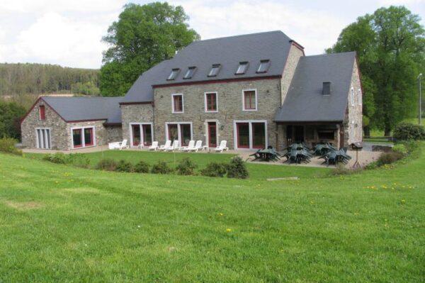 le clos bagatelle belgie ardennen 26 personen vakantiehuis