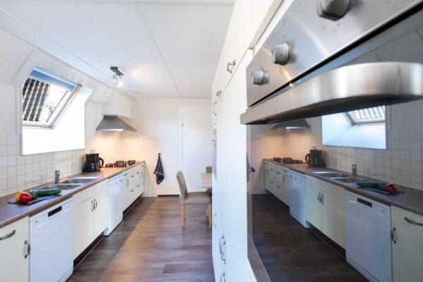 de katjeskelder fv22 comfort nederland noord brabant 22 personen keuken
