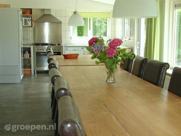 familieweekend accommodatie haamstede 20 personen nederland zeeland haamstede keuken