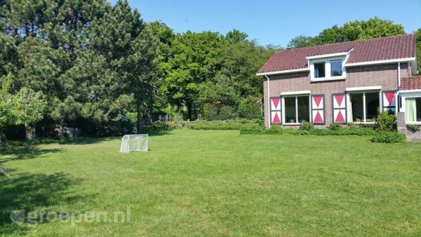 familieweekend accommodatie haamstede 20 personen nederland zeeland haamstede tuin