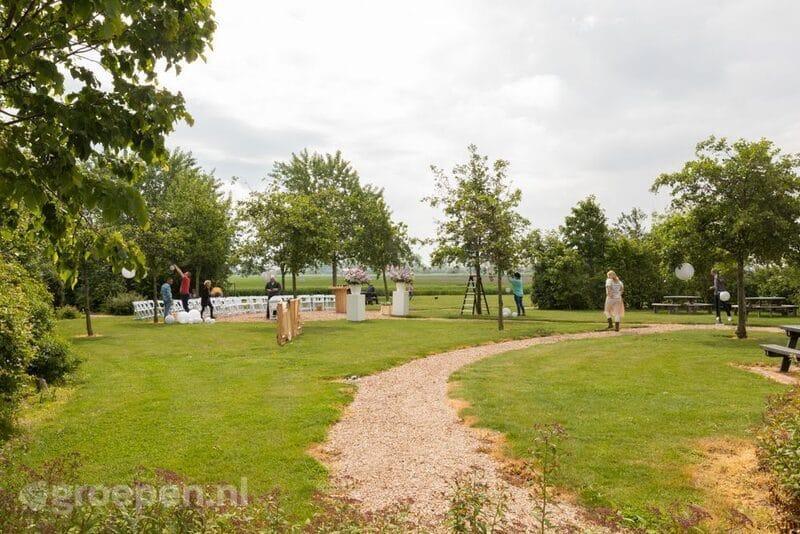 groepsaccommodatie scharendijke 28 personen nederland zeeland scharendijke tuin