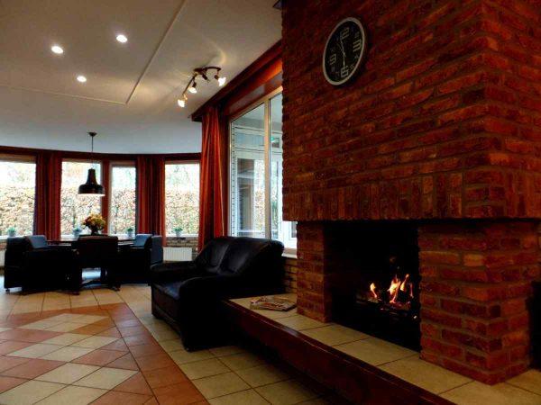vakantiehuis ze270 nederland zeeland 34 personen woonkamer openhaard