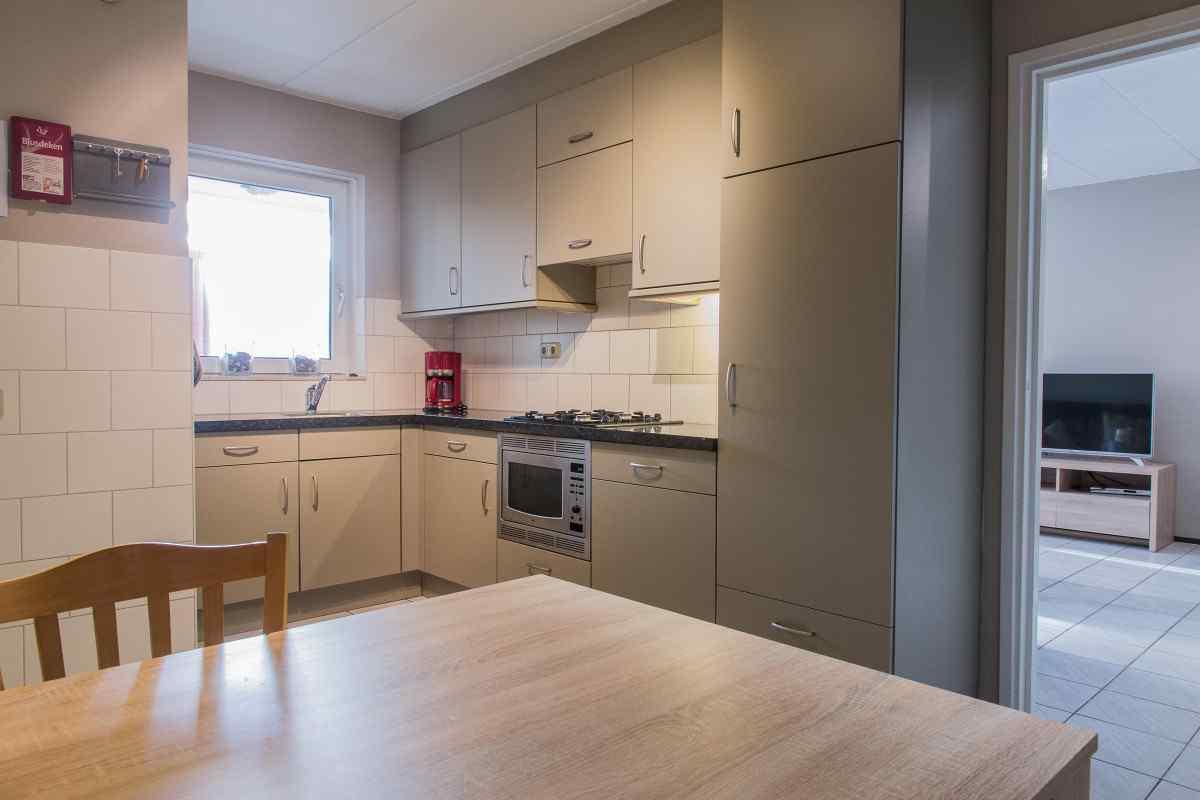 vakantiehuis ze326 nederland zeeland 20 personen keuken