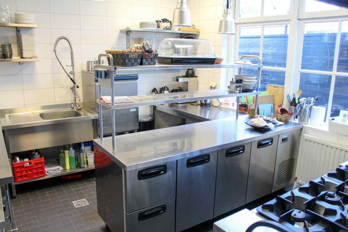 vakantiehuis ze501 nederland zeeland 25 personen keuken
