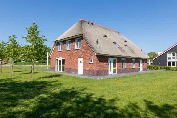 villapark de weerribben grote keizerlibel 24 nederland overijssel 24 personen vakantiehuis